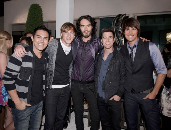 Big Time Rush and Russell Brand