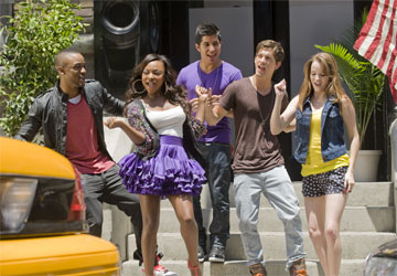 (left to right) COLLINS PENNIE, NATURI NAUGHTON, WALTER PEREZ, ASHER BOOK and KAY PANABAKER perform in the music video for the theme song from Fame, in theaters September 25, 2009.