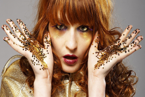 "FLORENCE + THE MACHINE DEBUT NEW SINGLE ""SKY FULL OF SONG"""